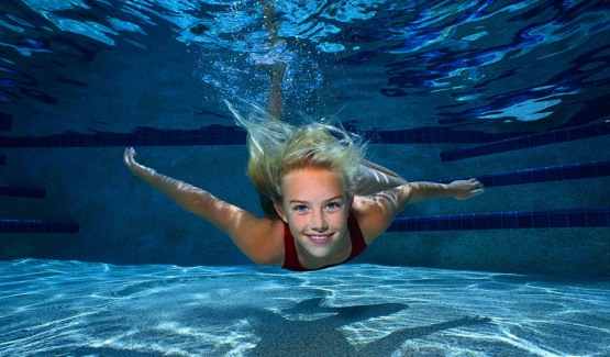 http://alan-smile.com/wp-content/uploads/swimmingpicgirl2.jpg